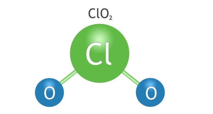 از دی اکسید کلر می توان برای ضد عفونی آب فاضلاب، تصفیه آب فرآیندهای صنعتی، ضد عفونی آب برج خنک کننده، تصفیه هوا صنعتی، کنترل صدف، تولید و تصفیه مواد غذایی، اکسیداسیون زباله های صنعتی و استریلیزاسیون گاز تجهیزات پزشکی استفاده کرد.